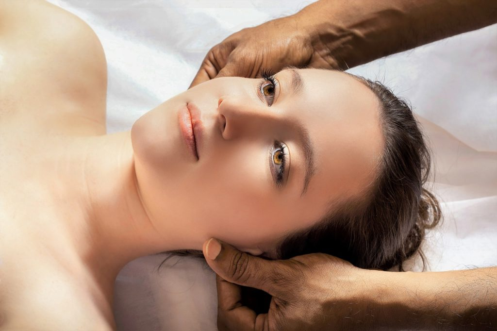 Can Massage therapy reduce headache pain